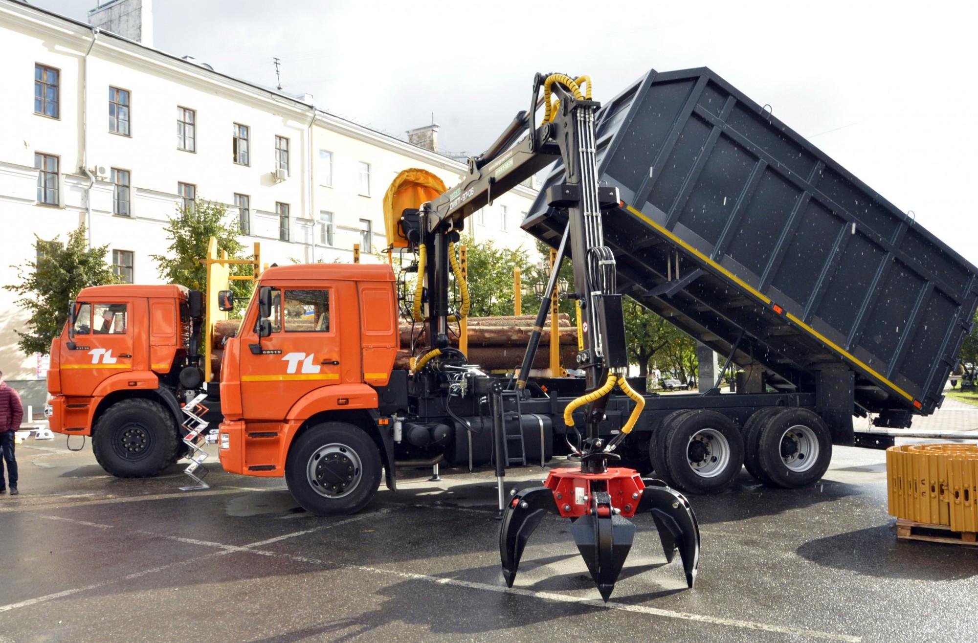 Порошенко: Отмашиностроения зависит обороноспособность Украинского государства