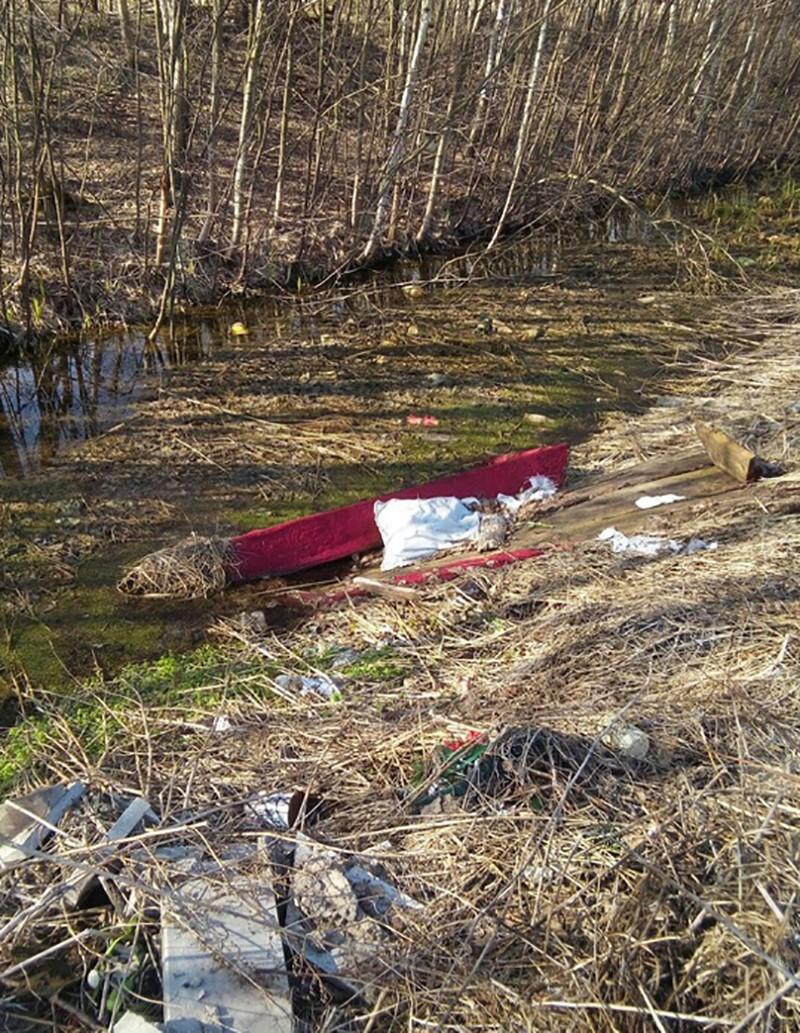 Разрытая могила ипустой гроб накладбище ужаснули граждан Твери