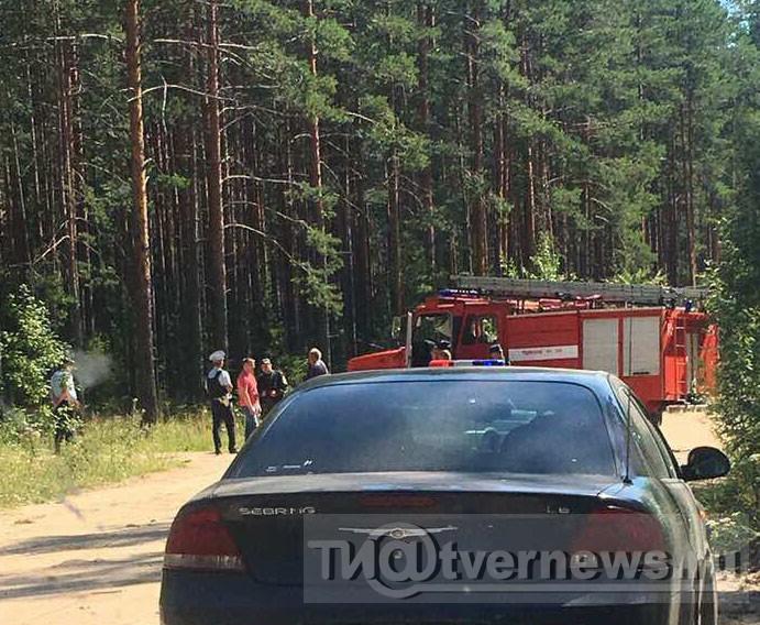 Подробности ЧП: в Пеновском районе неизвестные пытались взорвать автобус с рабочими, а взорвали внедорожник - ТИА