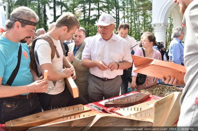 История молодого гусляра Сергея Горчакова