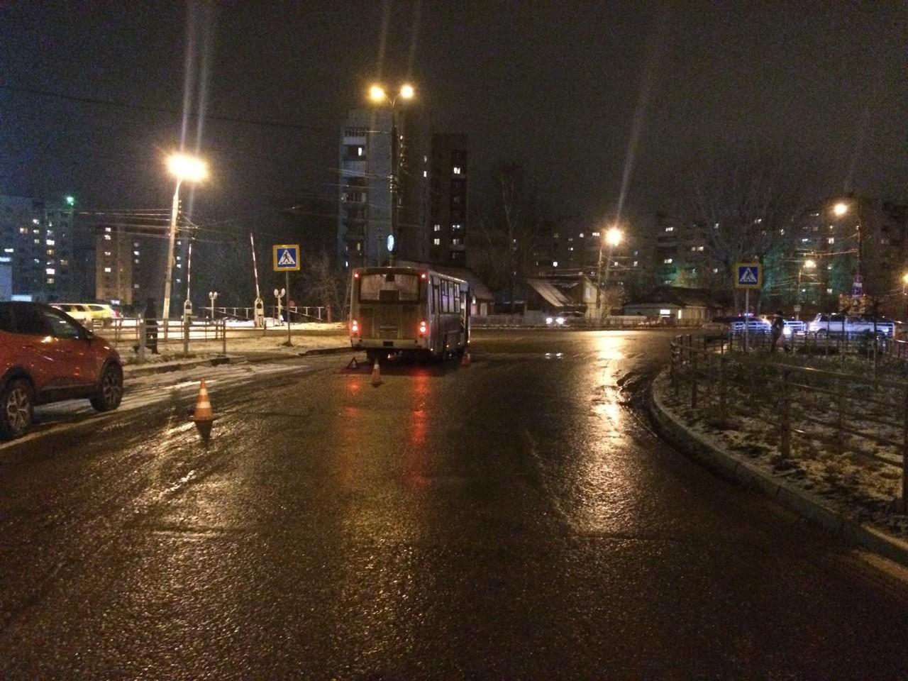 Женщину на ночь Народная ул. интим Таллинское