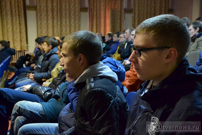 Гей фильмы про призывников фото 479-848