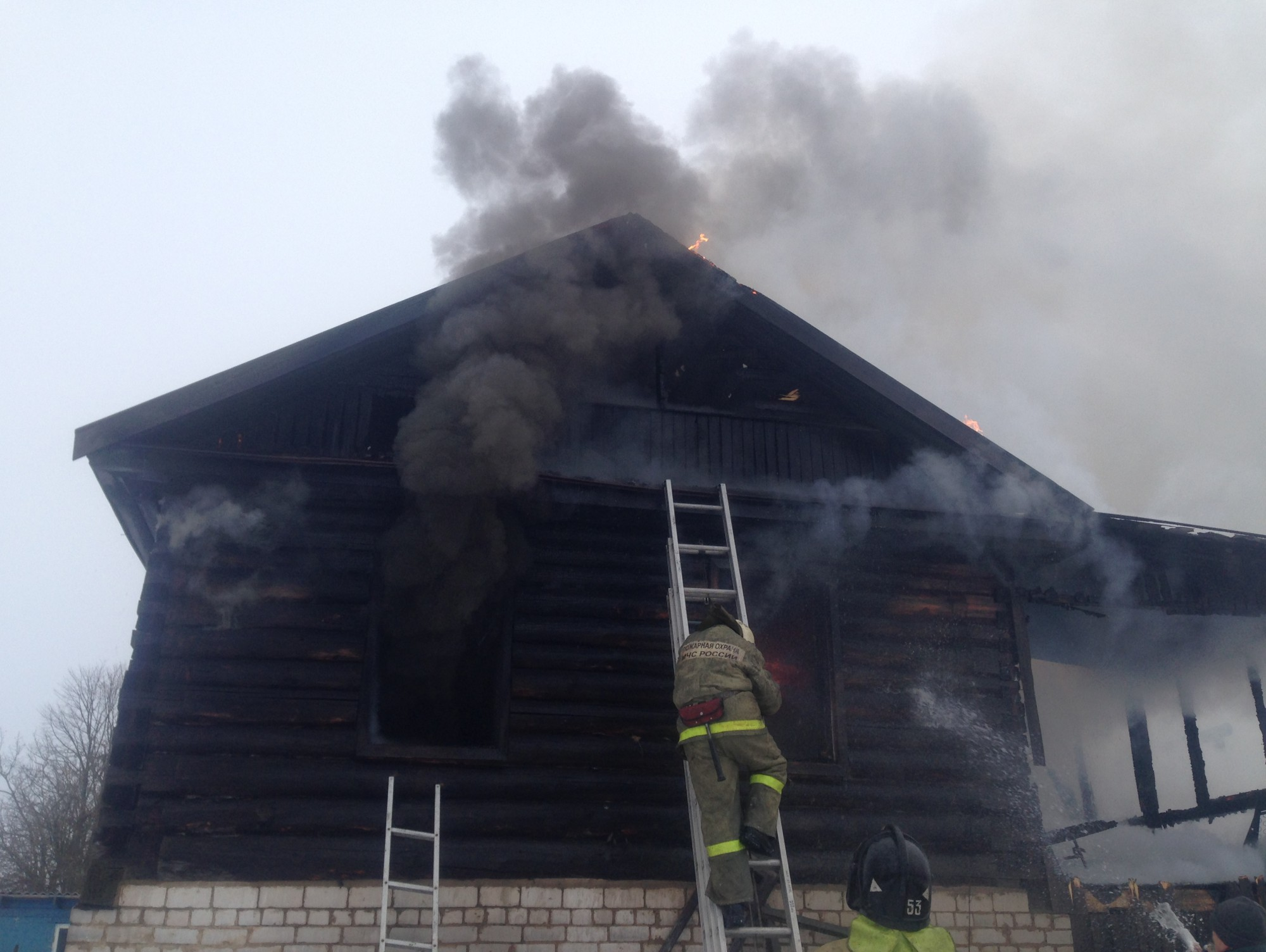 ВТверской области в итоге пожара погибли мать и ее полуторагодовалая дочь