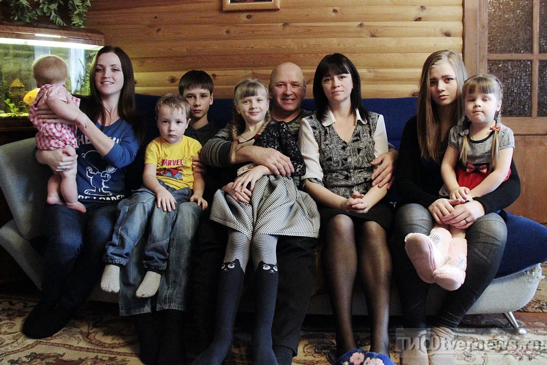 Семья собралась вместе и занялась сексом фото 263-912