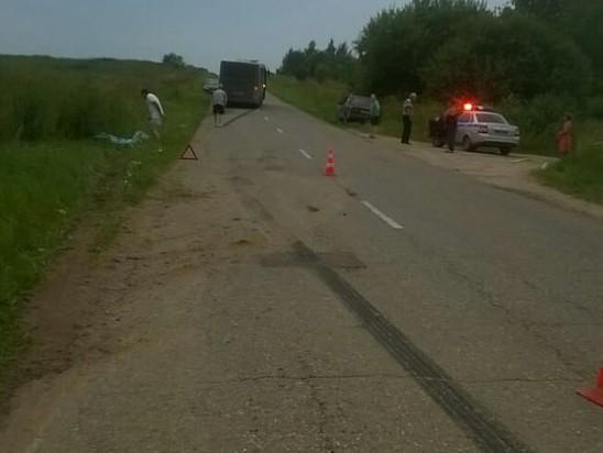 ВТверской области под колесами автомобиля умер тринадцатилетний ребенок