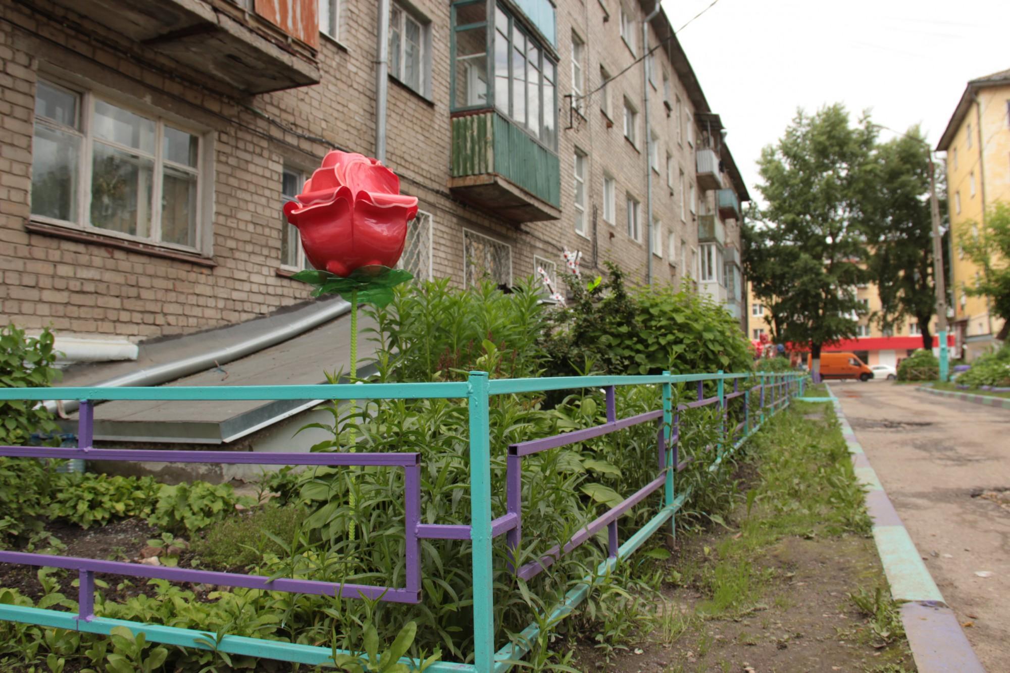 Тверская оперная певица татьяна бастаева украсила цветник у .