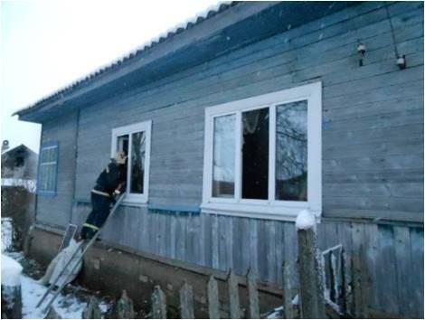 На пожаре в Кувшинове погиб человек