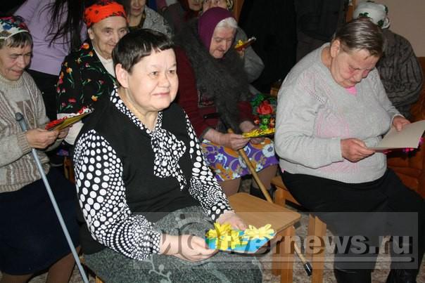 Еблья с бабушками и дедушками фото 22-56