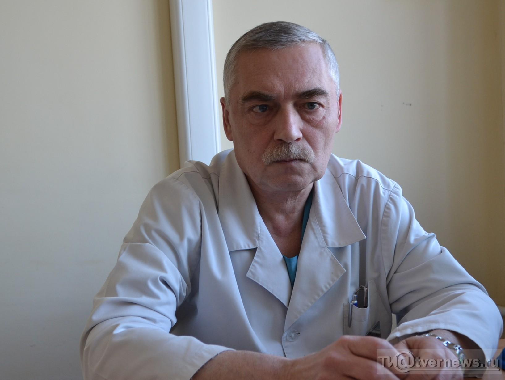 Врач уролог сексуально возбудила пациента на приеме и начался секс