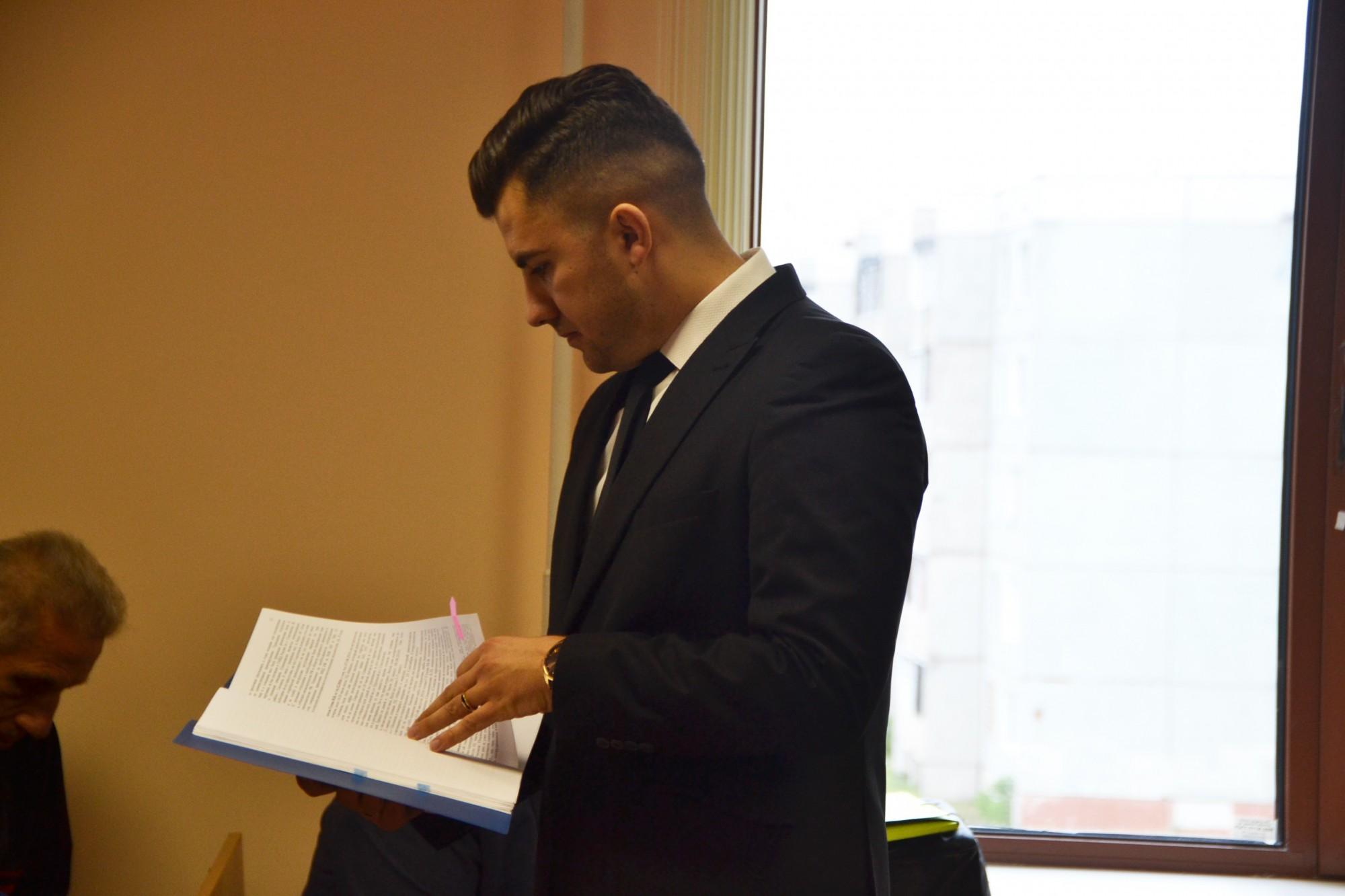 Суд вынес вердикт остановившим ассистента обвинителя смоленским гаишникам