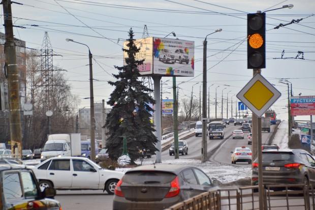 светофор со съезда с южного моста