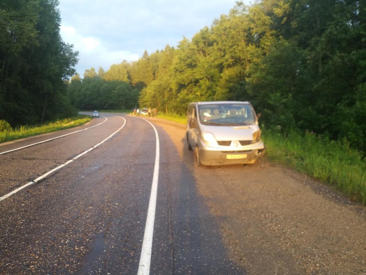 ДТП из-за взорвавшегося колеса