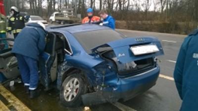 ВТверской области случилось ДТП сучастием 3-х авто: один человек умер