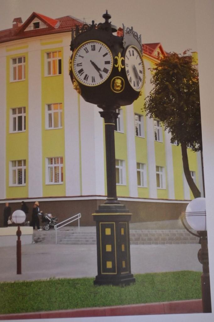 Электронные часы-термометр, купить уличные часы в Москве