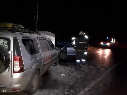 ДТП под Кимрами: спасателям довелось извлекать пострадавших измашины