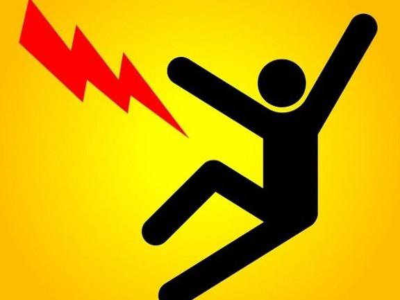 В Стрежевом мальчик выжил при ударе током, напряжением в 10 тысяч вольт