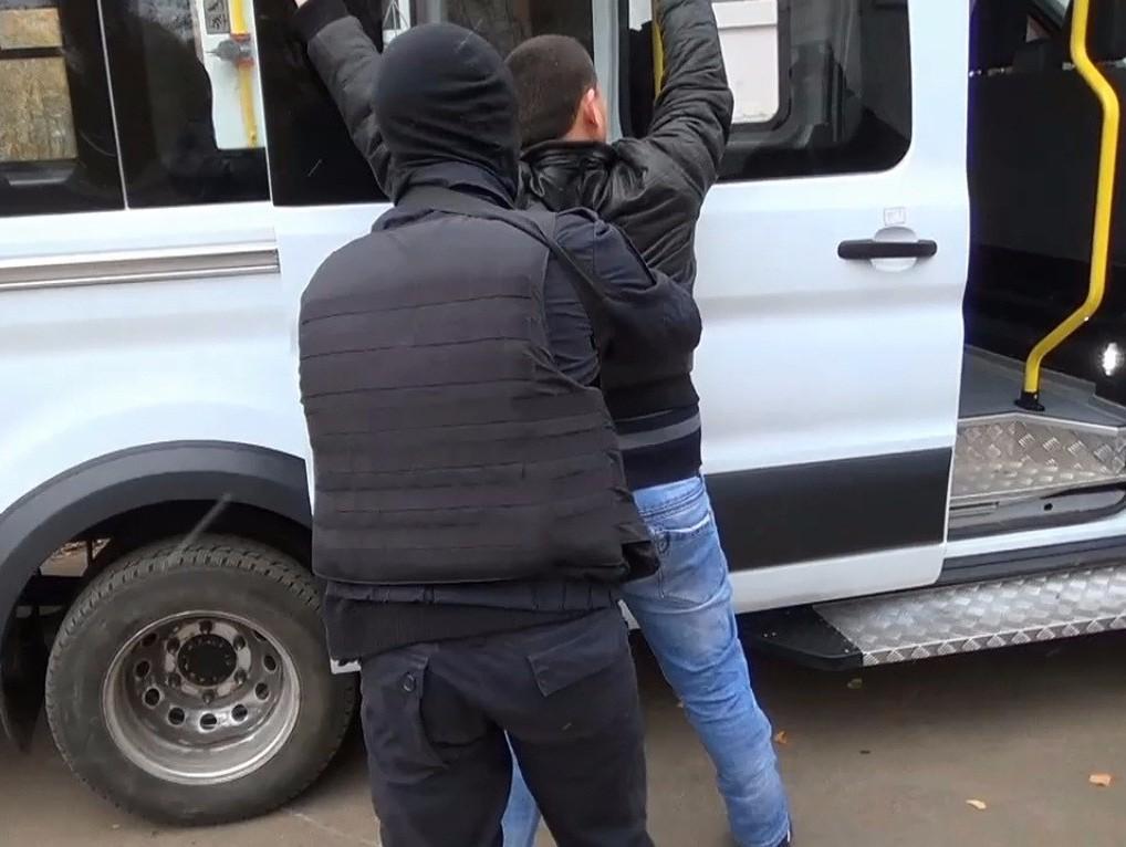 УФСБ поТверской области задержало членов ОПГ, легализовавших 500 мигрантов