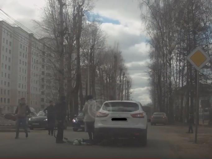 «Приора» сбила 7-летнюю девочку наХромова вТвери