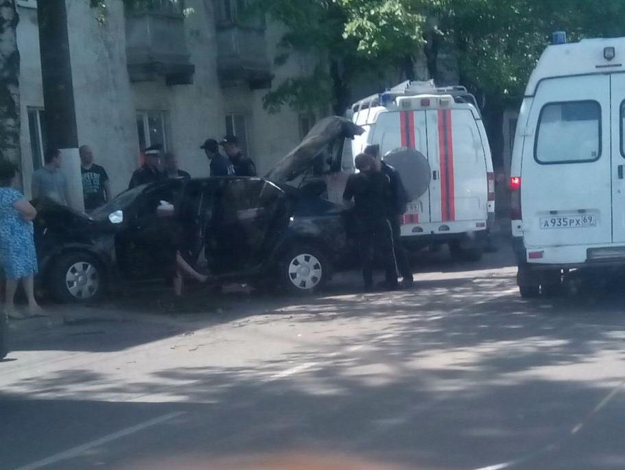 Нетрезвый  шофёр  вТвери чуть неугробил 8 человек