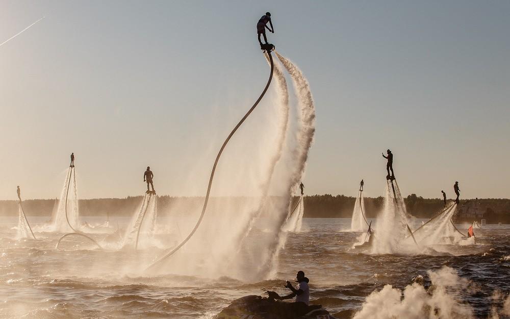 НаВолге флайбордисты установили мировой рекорд