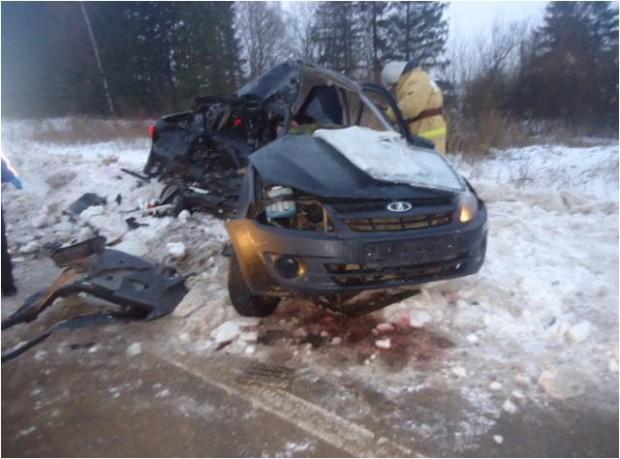 ВБежецком районе вДТП погибли два человека