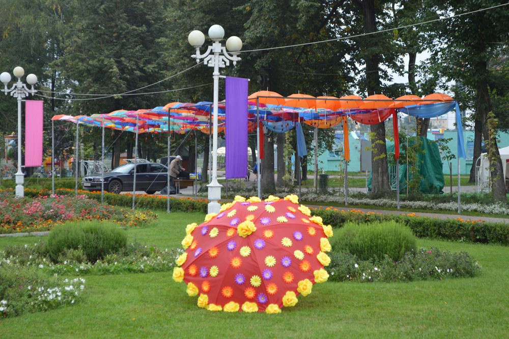 Как украсит зонтик на конкурс